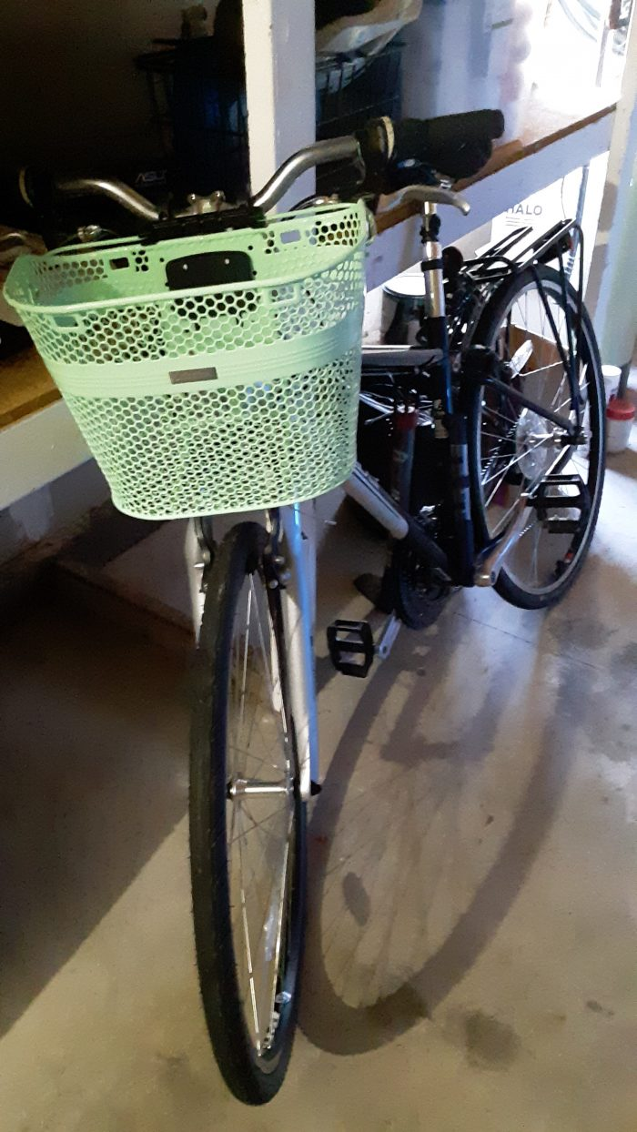 my bike with a new, light green basket