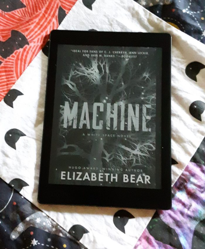 book cover of Machine seen on Kobo ereader